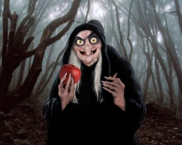 Realistic-Old-Hag-snow-white-and-the-seven-dwarfs-18753997-2560-2041