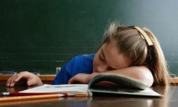 children-sleep-class-001
